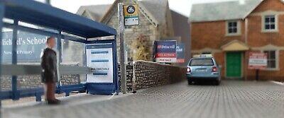 Dublin Bus Stop Sign /& Bus Timetable 1//76-00 Gauge Irish Model Railways