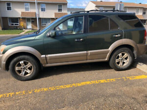 4 X4 TRUCK FOR SALE