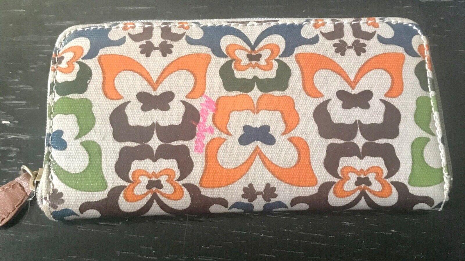 Mariposa Butterfly Print Clutch Wallet