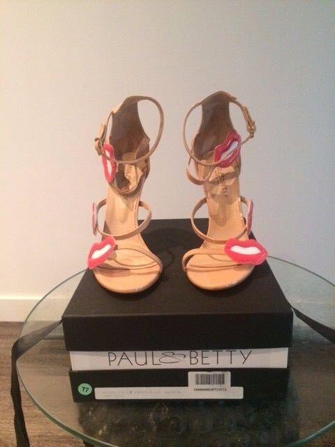 prodotti creativi PAUL&BETTY 'VERNICE rosa' rosa' rosa' SANDALS IN BLUSH NUDE Dimensione US10 UK8 IT41  nuova esclusiva di fascia alta