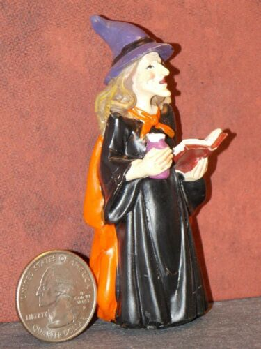 Dollhouse Miniature Halloween Witch Spellbook 3-1//4 inch tall F38 Dollys Gallery