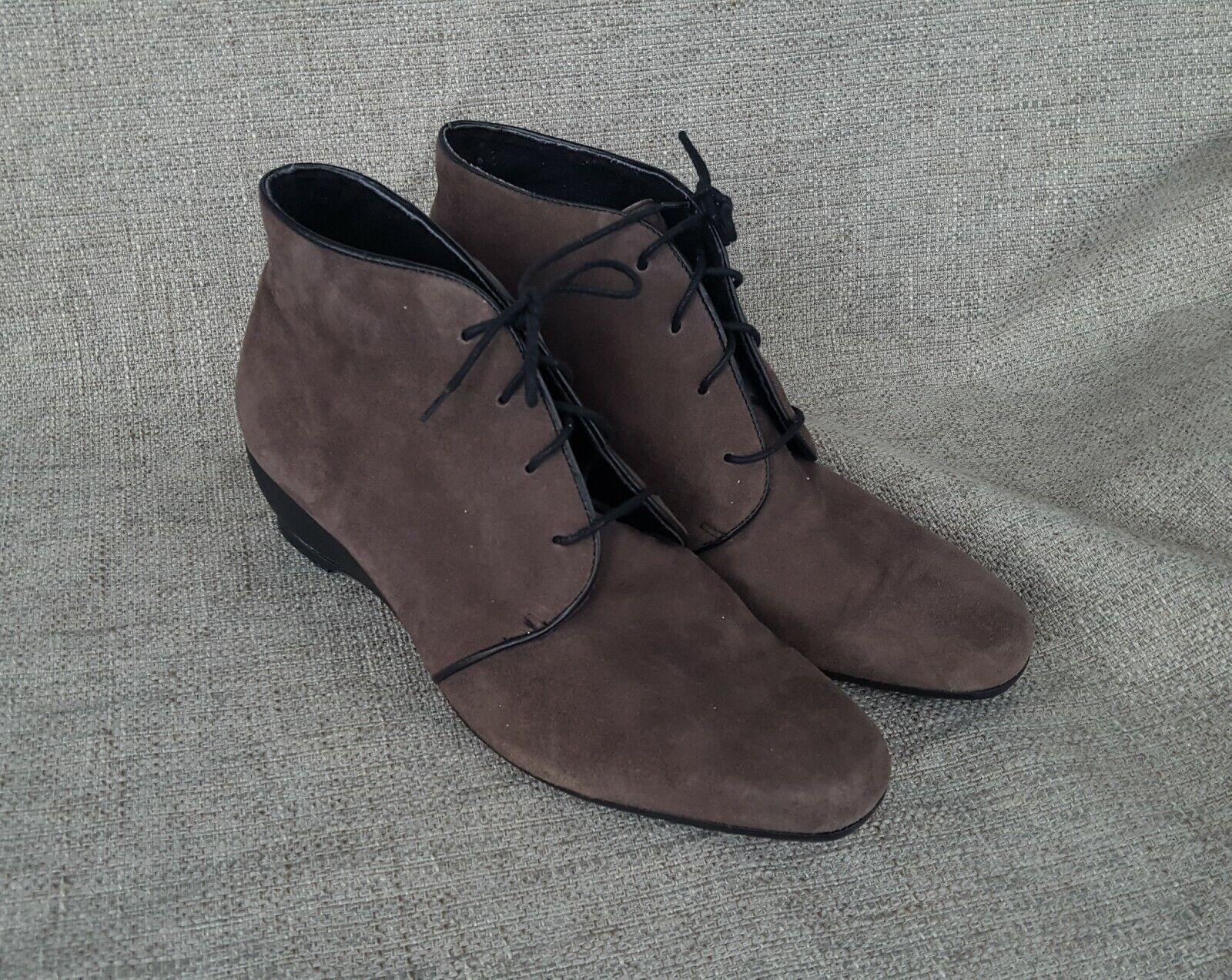 MUNRO Kara Kara Kara bspringaaa Nubuck Ankle Lace -up Booslips 11M  njuter av din shopping