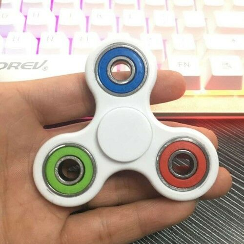 Fidget Hand Spinner Tri-Color Focus Desk Toy //EDC //ADHD// Autism //KIDS and ADULTS