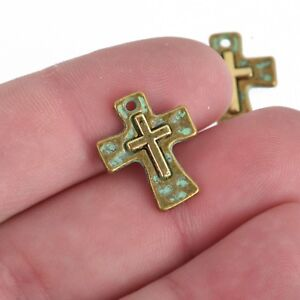 5 Gunmetal Cross Relic Charms 17mm chs3612 Gunmetal Hammered with Silver Cross