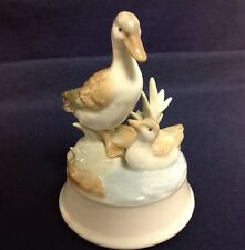 Otagiri Music Box Ceramic Ducks Everybody Loves Somebody Sometime Excellent EC