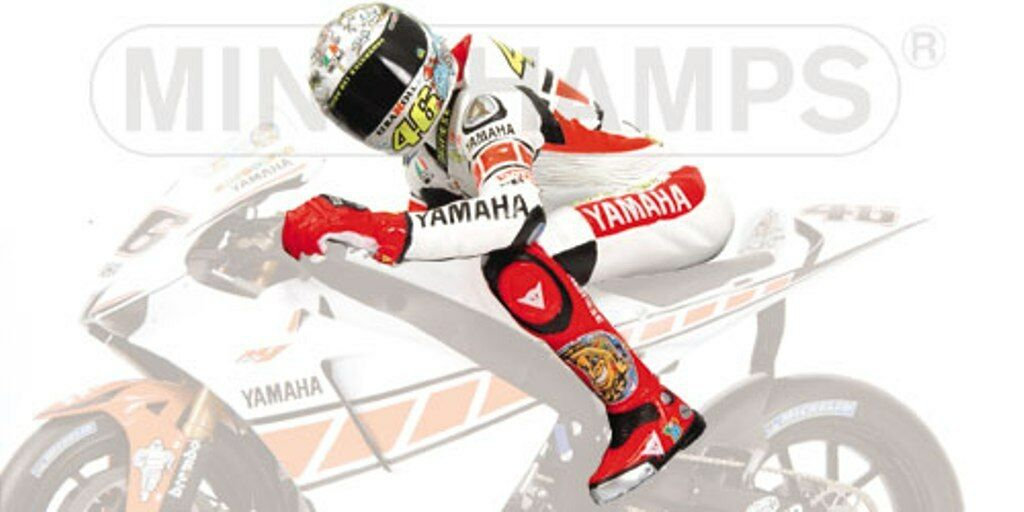 MINICHAMPS 312 050146  312 050186 V ROSSI riding figures MotoGP 2005 1 12th