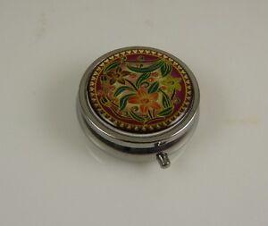 flower-design-metal-3-compartment-pretty-pill-box