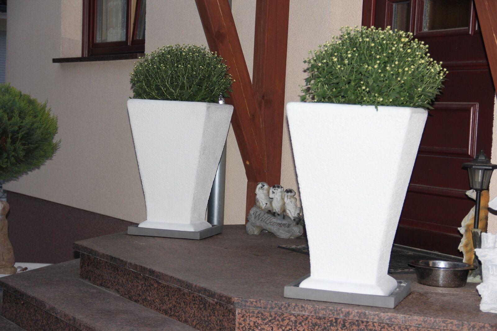 2 Blaumenkübel neues Model rein weiß fein gearbeitet neu Steinguss Top Angebot