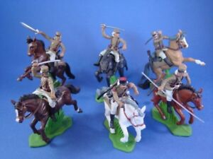 BRITAINS-DEETAIL-DSG-French-Foreign-Legion-in-Tan-6-Toy-Soldiers-Custom-Mounted