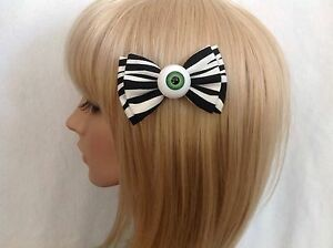 Eyeball-hair-bow-clip-rockabilly-pin-up-girl-psychobilly-punk-gothic-zombie