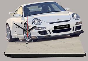 VEHICULE DE SPORT PORSCHE 911 CARRERA-02 EN HORLOGE MINIATURE SUR SOCLE