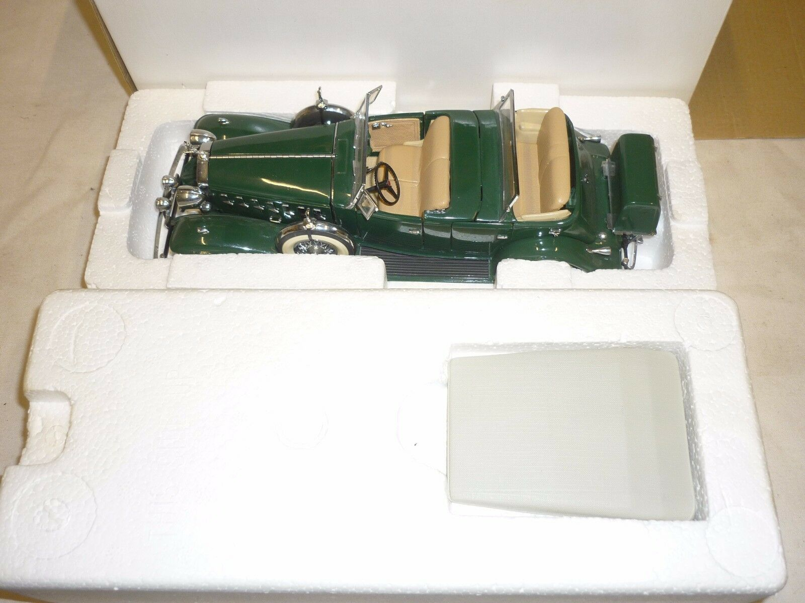 Danbury mint  1932 Cadillac V16 Sports Phaeton, no paperwork,  Boxed,