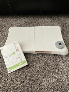 Wii Fit Balance Board Nintendo Exercise Fitness Controller BOARD & Disk