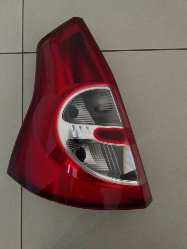 RENAULT SANDERO 2010/14 BRAND NEW TAILLIGHTS FOR SALE PRICE R1200 EACH