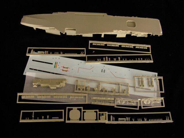 orange Hobby N07-009 1 700 INS Viraat R22 (Complete Resin kit)