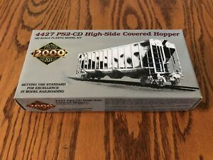 life-like-ho-proto-2000-series-union-pacific-high-side-covered-hopper-brand-new