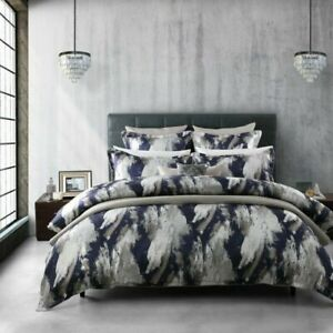 Davinci-Vasari-Quilt-Cover-Set-Navy