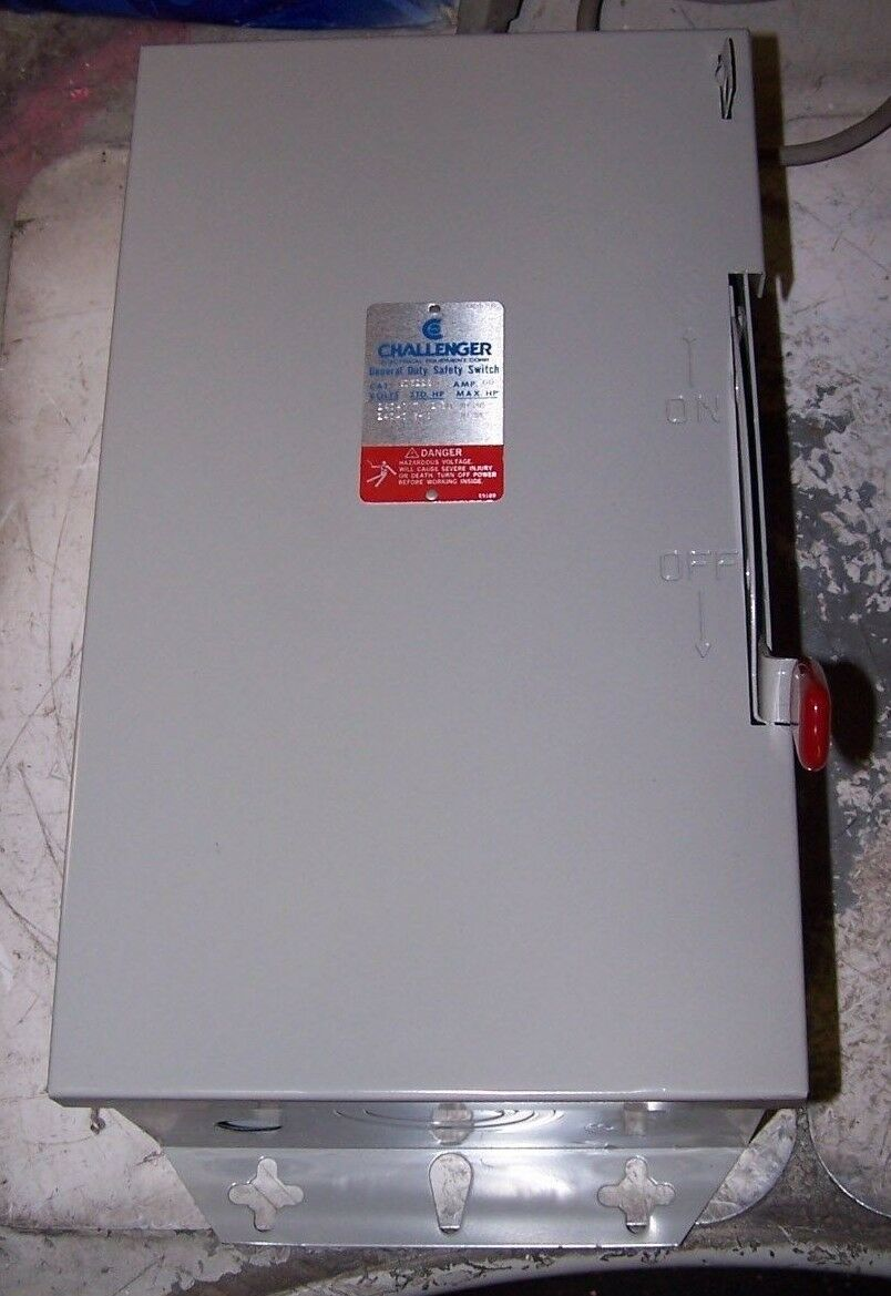 CHALLENGER 60 AMP FUSED SAFETY SWITCH 240 VAC 7-1 2 HP 3 Ø GD322SNC