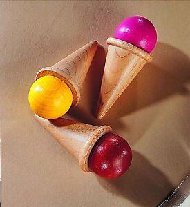 Negozio-3-Coni-gelato-con-sfera-1377-giallo-rosa-e-marrone-HABA-Legno-nuovo