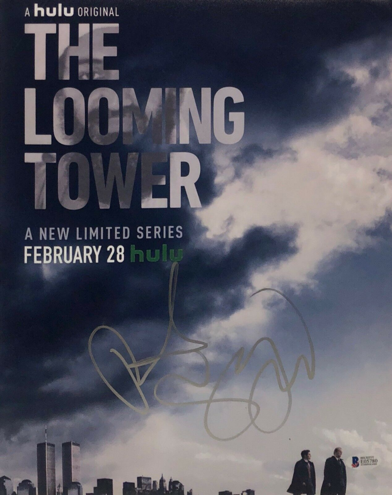 Peter Sarsgaard Signed 'The Looming Tower' 11x14 Photo BAS Beckett E05780