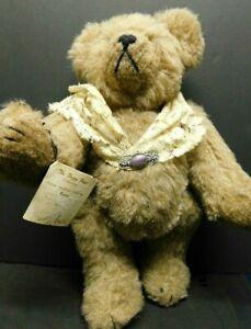 Handmade-Artist-Original-Bear-Sande-Heird-Victorian-Style-12-034-with-Brooch-1992