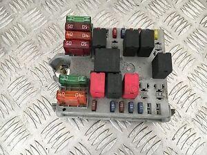 Boitier fusible - ALFA ROMEO 147 1.9L JTDM 150CH - Référence : 51742419 - France - État : Occasion : Objet ayant été utilisé. objet présentant quelques marques d'usure superficielle, entirement opérationnel et fonctionnant correctement. Il peut s'agir d'un modle de démonstration ou d'un objet utilisé ayant été retourn - France