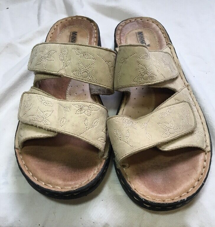 Men's/Women's Minnetonka Women's Size item 8 Sandals Beige Every item Size described is available Beautiful Cheap order 049a25