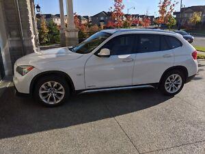 BMW X1 AWD xDrive 28