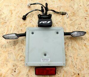 Yamaha-YZFR1-R1-YZF-R1-2015-2016-2017-2018-rear-license-plate-holder-turn-signal
