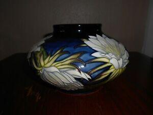 Moorcroft-vase-32-5-Queen-of-the-Night-Anji-Davenport-5-034-12cm-Tall