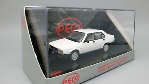 Model-Car-Alfa-Romeo-90-Scale-1-43-diecast-vehicles-modellcar-Age