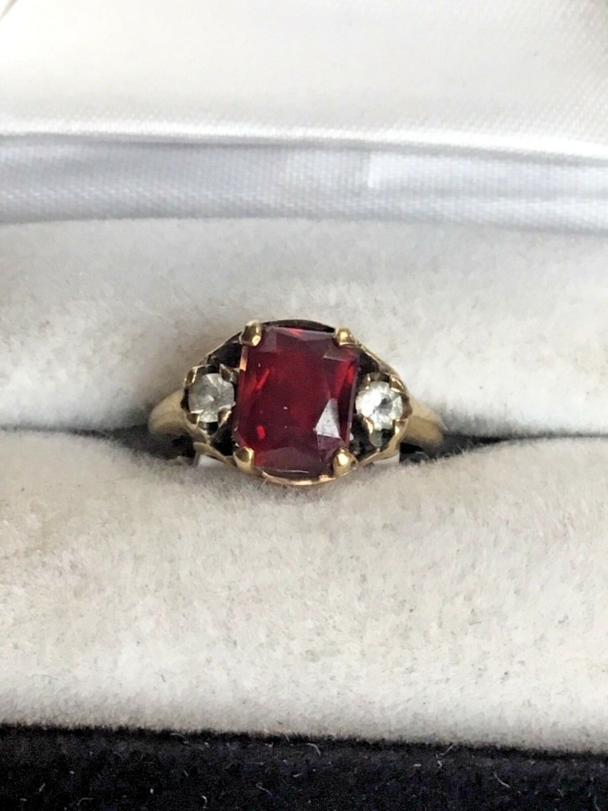 10K Yellow gold Ruby Solitaire With CZ Accents Ring, 2.3 Grams, Size 5.