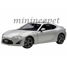 AUTOart 78778 SCION FR-S NORTH AMERICAN VERSION LHD 1/18 MODEL SILVER METALLIC