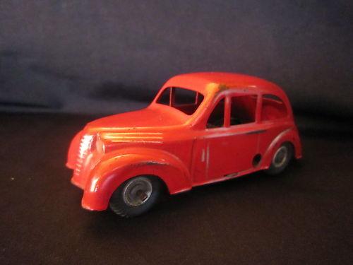 R297 CIJ RENAULT JUVAQUATRE 1939 40 ROUGE ROUGE ROUGE 2 PORTES TBE bb7cb1