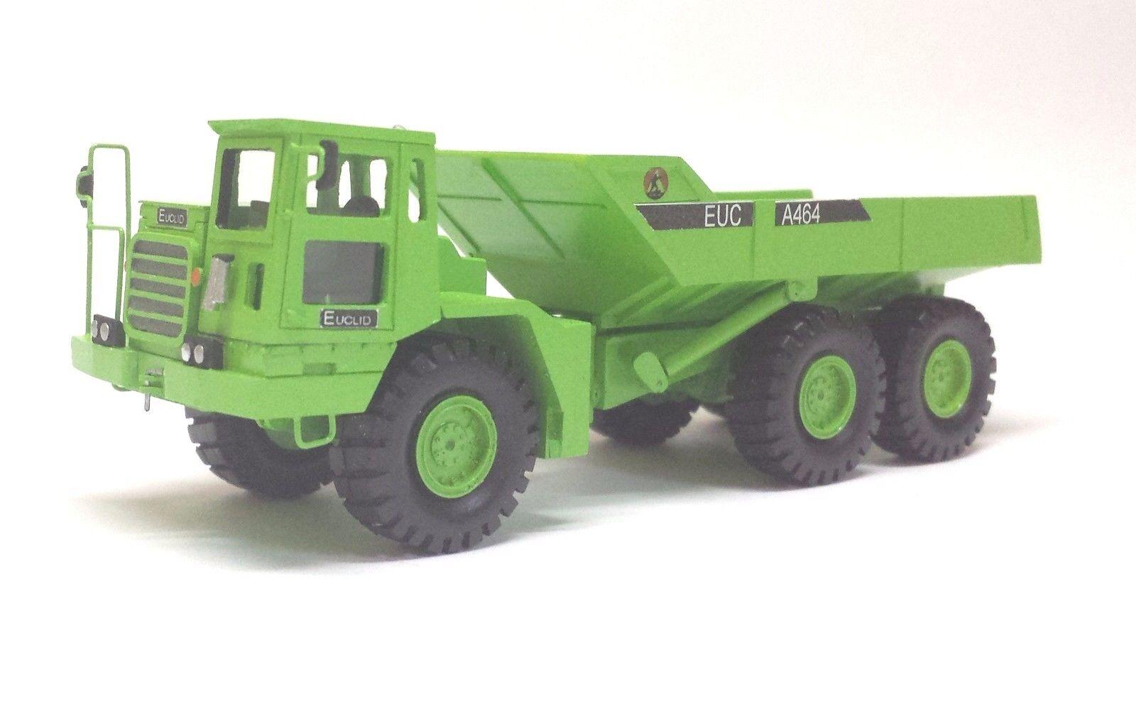 1 87 Euclid A-464 - Handbuilt resin model