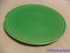 VINTAGE-LIGHT-GREEN-FIESTA-9-1-2-034-LUNCHEON-PLATE-HOMER-LAUGHLIN-HLC-FIESTAWARE