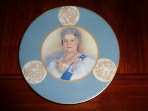 Royal-Worcester-Collectors-Plate-TRIBUTE-TO-THE-QUEEN-MORTHER-1900-2002
