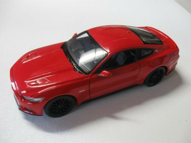 1:24 SCALE WELLY 2015 FORD MUSTANG GT 5.0 DIECAST CAR W/O ...
