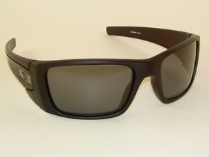 836f5dc7a6 New OAKLEY FUEL CELL Sunglasses Matte Black frame OO9096-05 Grey ...