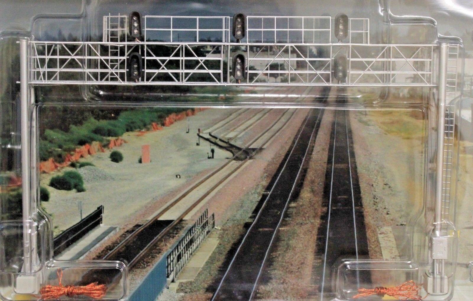 Escala HO-BLMA Models puente de señal de pista Triple Moderno-ensamblado Nuevo