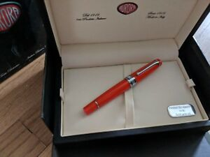 AURORA-OPTIMA-FLEX-NAVY-ORANGE-FOUNTAIN-PEN-LIMITED-EDITION-FLEXIBLE-NIB-2018