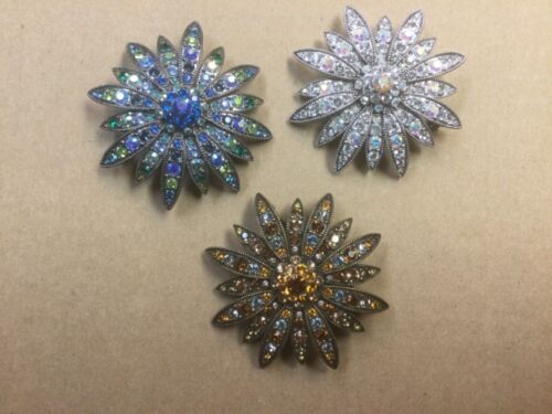 Vintage Joan Rivers Crystal Rhinestone Flower Broo