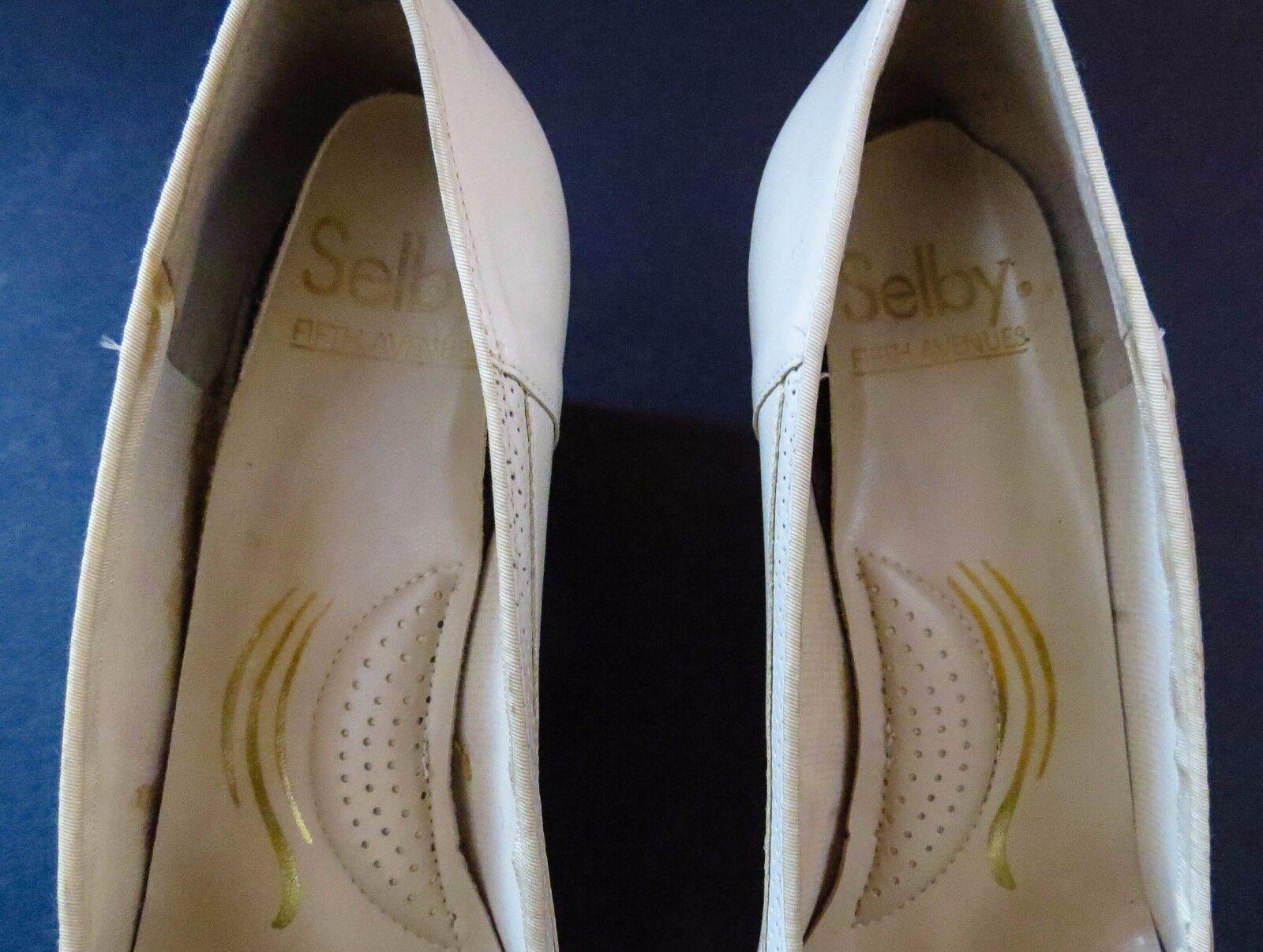 Vintage Selby Größe 8 ½ ½ ½ B Rory Bone Perforated Leather Pumps Medium Heels in Box 87b271