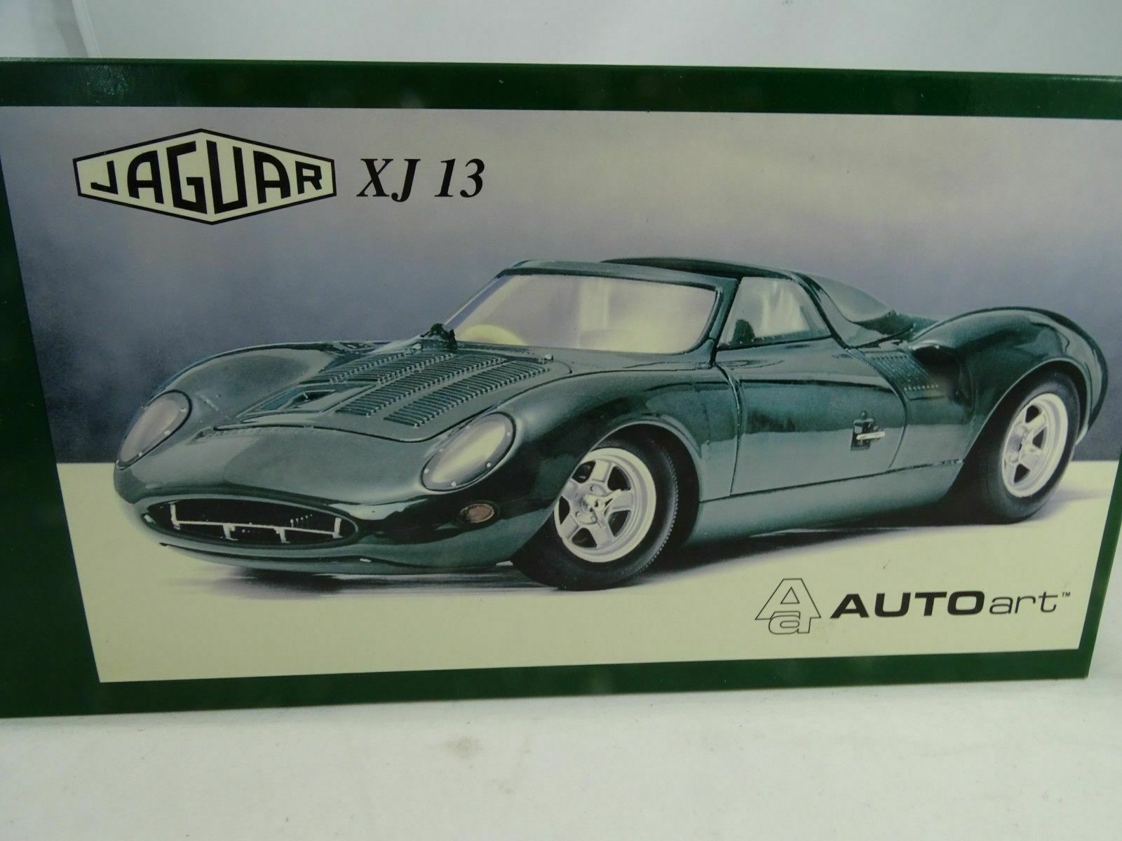 1 18 Autoart  73541 Jaguar XJ 13 vert-RARE COMME NEUF
