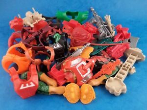 Vintage-He-Man-MASTERS-OF-THE-UNIVERSE-Weapons-amp-Parts-Multi-Listing-Choose