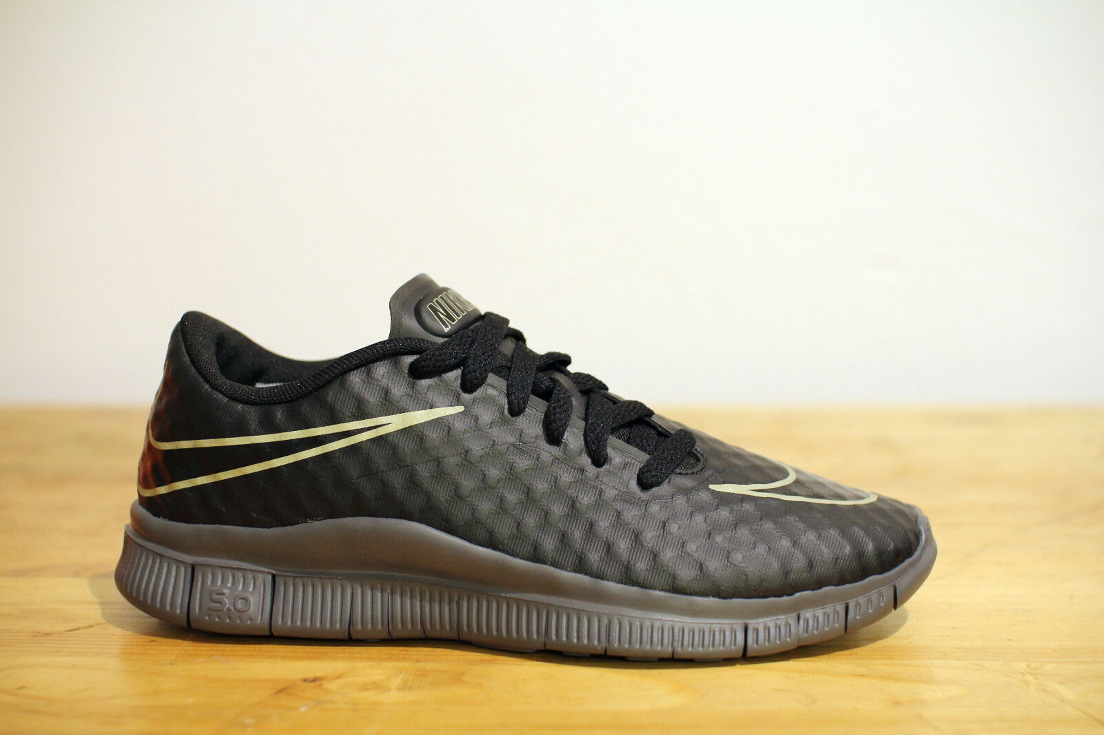 Nike Free Hypervenom GS Schwarz Gr. 39 NEU NEU NEU & OVP 24cfb9