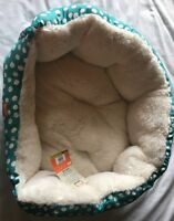 Animal Planet Aqua Polka Dots Dog Bed Pet For Small Dogs Cats 100% Polyester