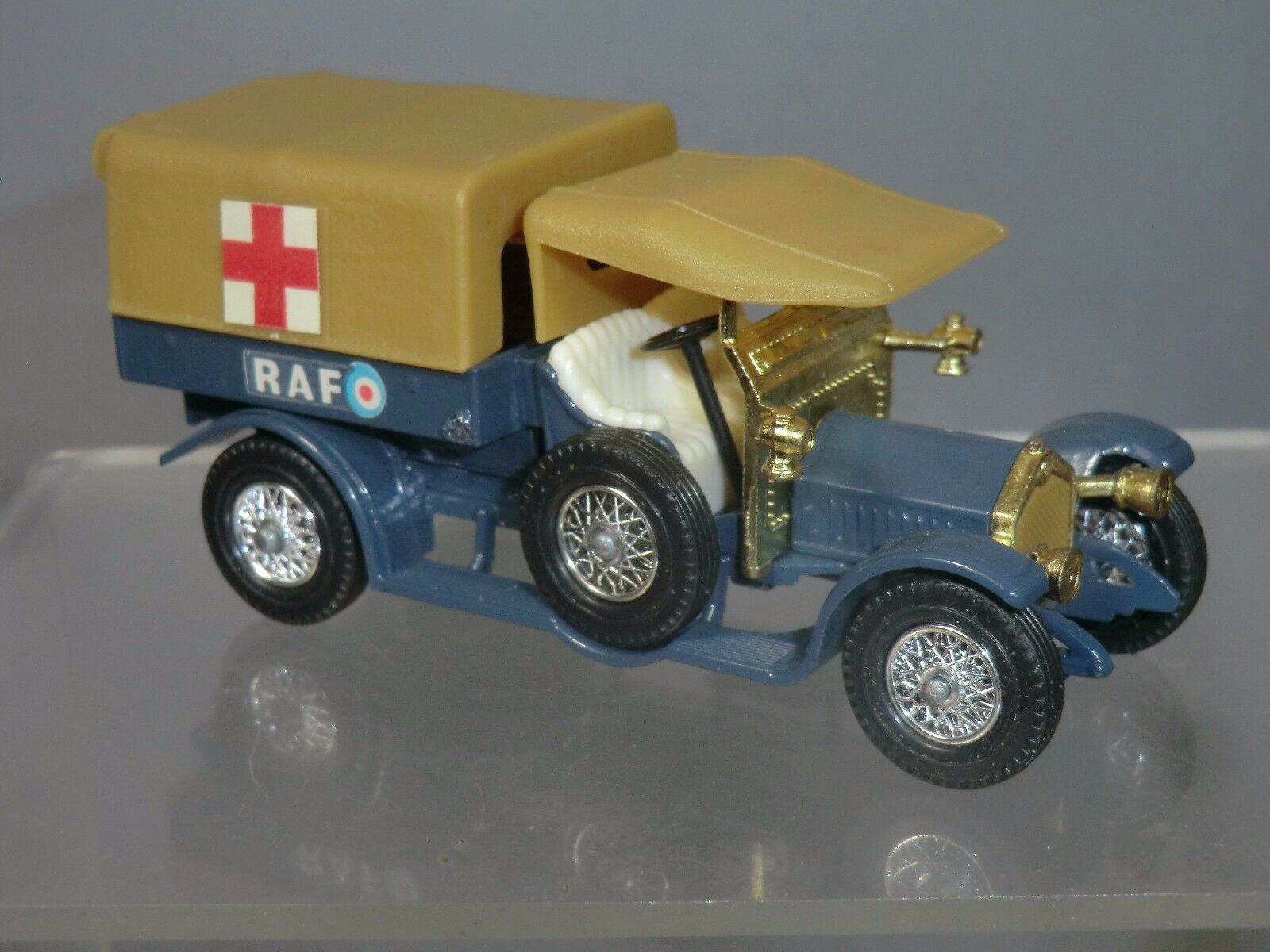 MATCHBOX MODEL OF YESTERYEAR  No.Y-13 CROSSLEY RAF  TENDER    AMBULANCE
