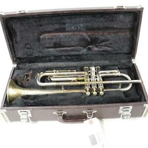 C-G-Conn-Model-4B-New-World-Symphony-Professional-Bb-Trumpet-SN-172175-NICE