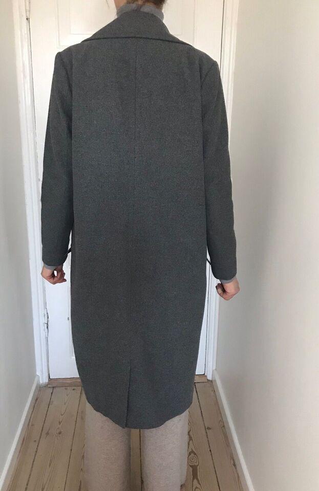 Frakke, str. 38, Lang sort frakke – dba.dk – Køb og Salg af